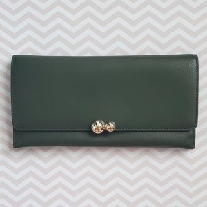 Leather wallet forest green